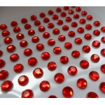 Pack 100 RED / CLEAR Bling rhinestones faux gems. Self-adhesive. 4mm.