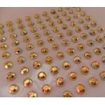 Pack 100 GOLD / OPAQUE Bling rhinestones faux gems. Self-adhesive. 4mm.