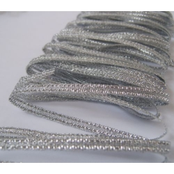 5.4m SILVER LUREX Ribbon Pack. 4mm wide
