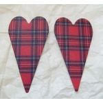 PRIMITIVE HEART DieCut Shaped Emb. (Lge). TARTAN RED.  Qty: 20
