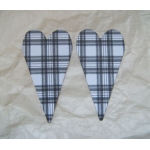 PRIMITIVE HEART DieCut Shaped Emb. (Sml). TARTAN Black & White  Qty: 20